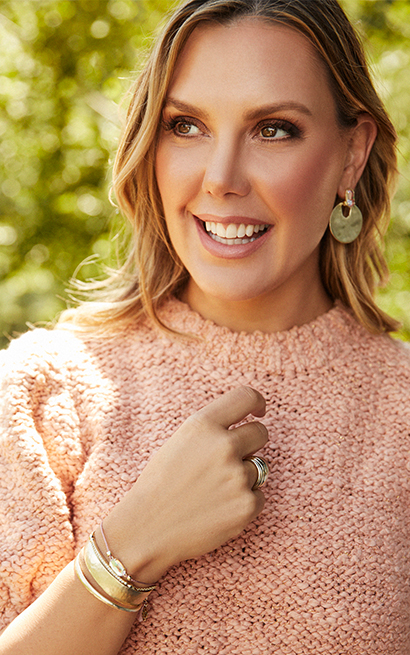 Kendra Scott Shop for Good Breast Cancer Awareness